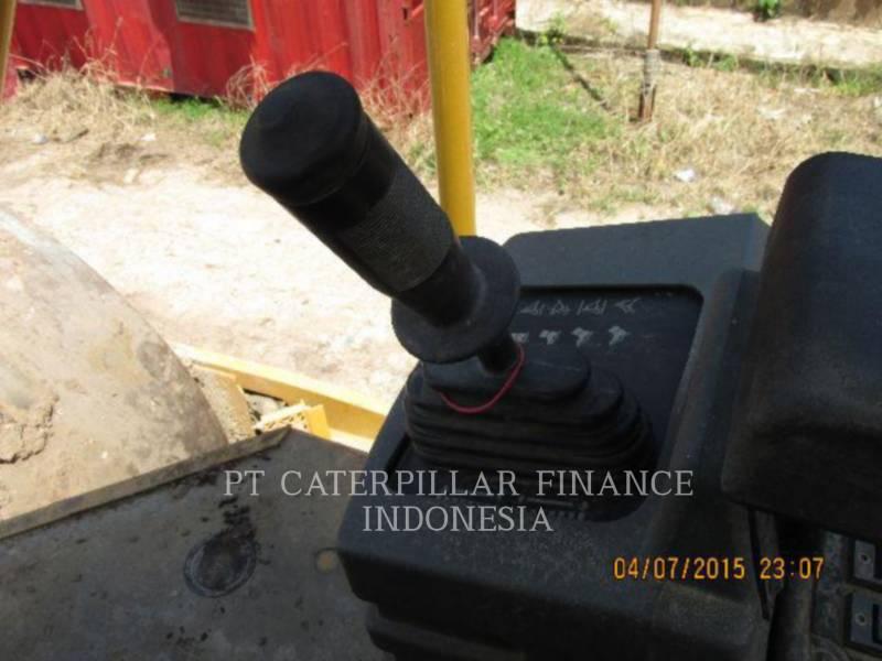 CATERPILLAR COMPACTADORES DE SUELOS CS-533E equipment  photo 11