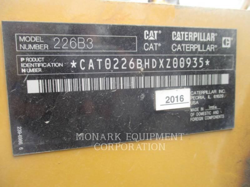 CATERPILLAR KOMPAKTLADER 226 B SERIES 3 equipment  photo 6