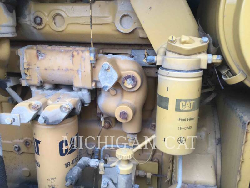CATERPILLAR TRACK EXCAVATORS 215C LC equipment  photo 12
