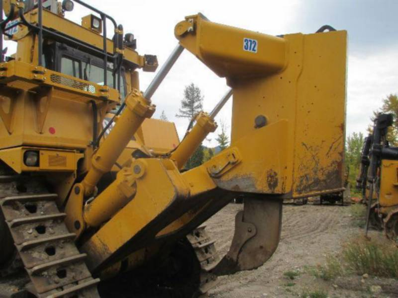 CATERPILLAR TRATORES DE ESTEIRAS D10T equipment  photo 13