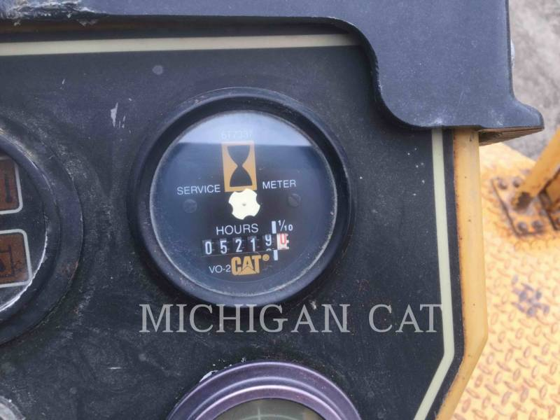 CATERPILLAR TAMBOR DOBLE VIBRATORIO ASFALTO CB-534C equipment  photo 22