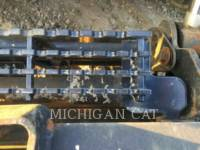 CATERPILLAR MINICARGADORAS 242D C equipment  photo 8