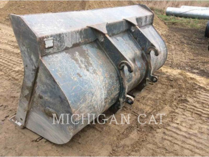 JOHN DEERE WHEEL LOADERS/INTEGRATED TOOLCARRIERS 544J equipment  photo 13