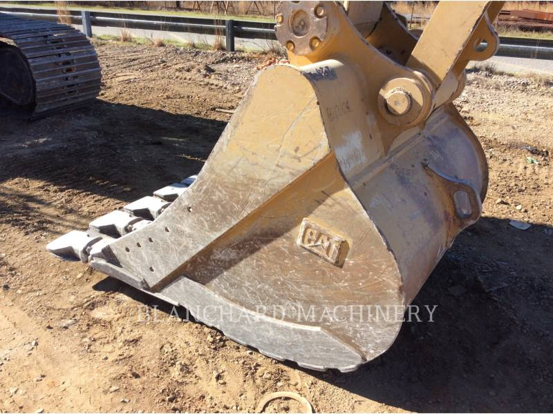CATERPILLAR TRACK EXCAVATORS 336E equipment  photo 12