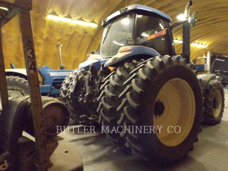 NEW HOLLAND TRACTORES AGRÍCOLAS TG305 equipment  photo 12
