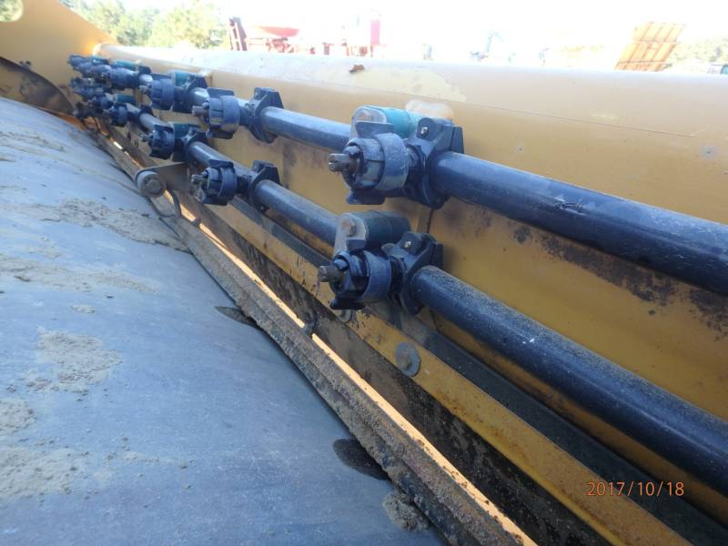 CATERPILLAR COMPACTEURS TANDEMS VIBRANTS CB54 equipment  photo 12