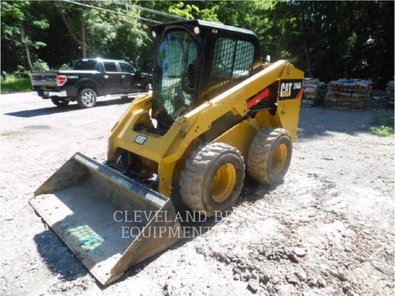 CATERPILLAR MINICARGADORAS 246D equipment  photo 1