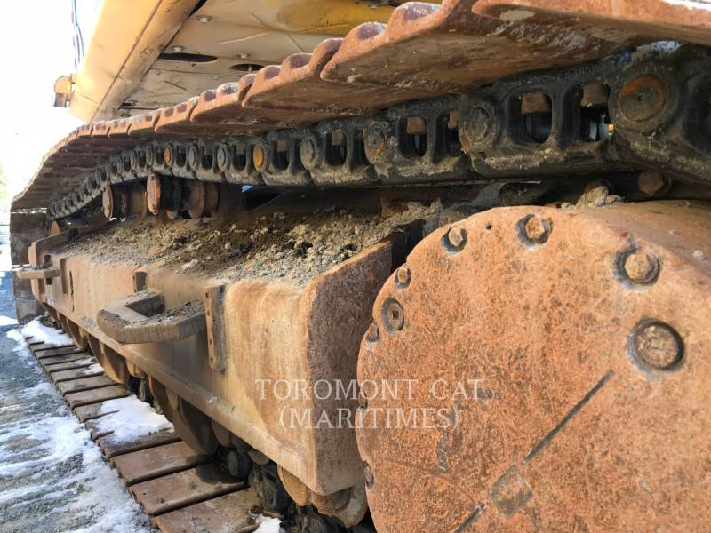 KOMATSU EXCAVADORAS DE CADENAS PC490LC-10 equipment  photo 2