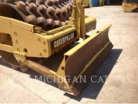 CATERPILLAR VIBRATORY SINGLE DRUM SMOOTH CP563E equipment  photo 18