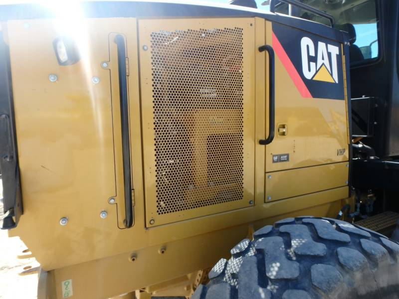 CATERPILLAR MOTOR GRADERS 12M equipment  photo 9