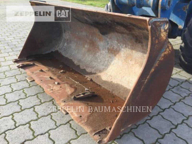 HANOMAG (KOMATSU) ŁADOWARKI KOŁOWE/ZINTEGROWANE NOŚNIKI NARZĘDZI 22C equipment  photo 12