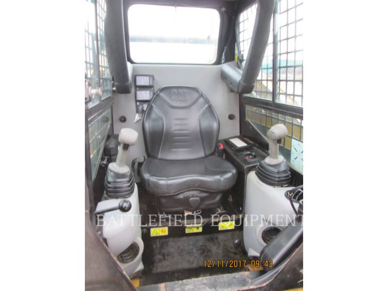 CATERPILLAR SKID STEER LOADERS 242B3 equipment  photo 6