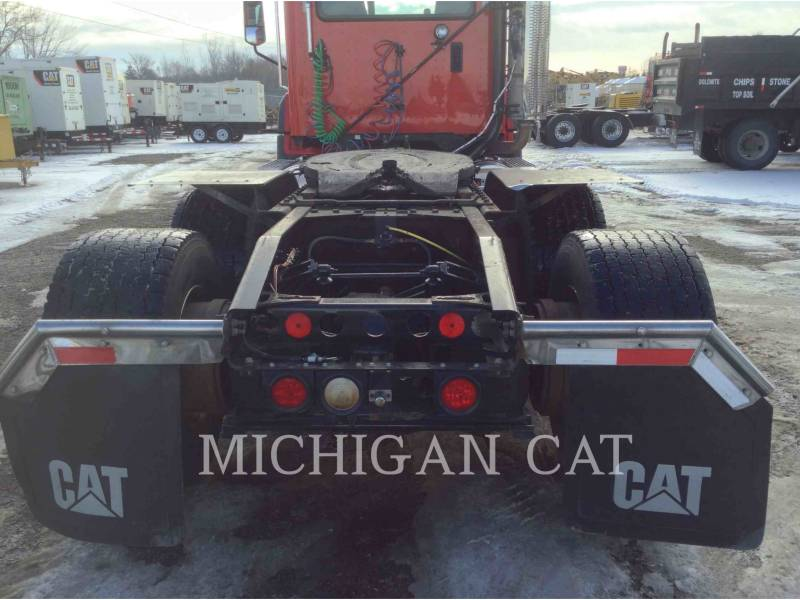 CATERPILLAR CAMIONS ROUTIERS CT660 T13A6 equipment  photo 15