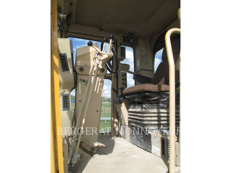 CATERPILLAR NIVELEUSES 120H equipment  photo 7