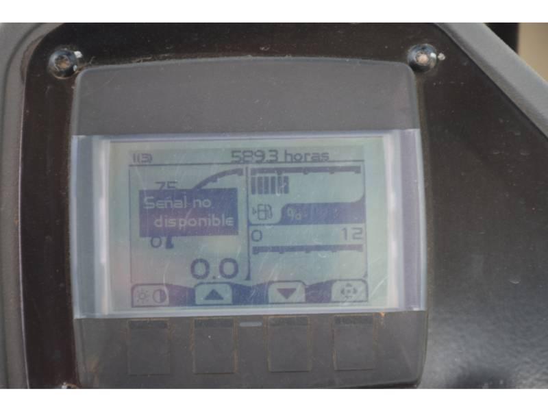 CATERPILLAR COMPACTEURS MIXTES CS54B equipment  photo 6