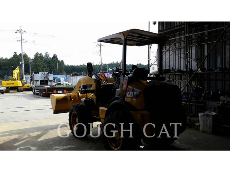 CATERPILLAR MINING WHEEL LOADER 902C2 equipment  photo 2