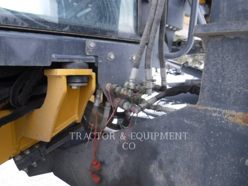 JOHN DEERE MOTOR GRADERS 772D equipment  photo 17