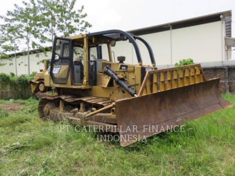 CATERPILLAR TRACK TYPE TRACTORS D7G equipment  photo 4