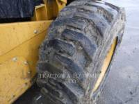 CATERPILLAR SKID STEER LOADERS 272D2 H2CB equipment  photo 8