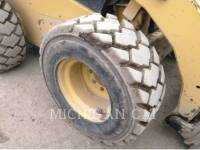 CATERPILLAR SKID STEER LOADERS 272C AQ equipment  photo 20