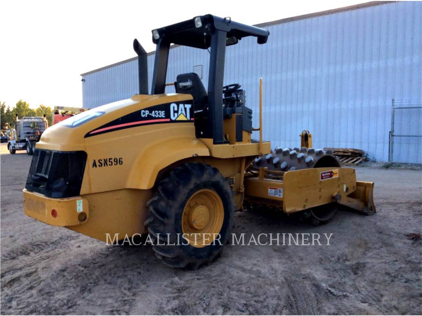 Detail photo of 2006 Caterpillar CP-433E from Construction Equipment Guide