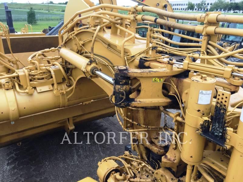 CATERPILLAR SCRAPER PER TRATTORI GOMMATI 637G equipment  photo 20