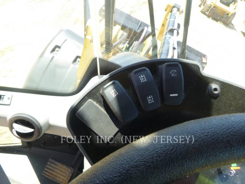 CATERPILLAR WHEEL LOADERS/INTEGRATED TOOLCARRIERS 907M equipment  photo 9