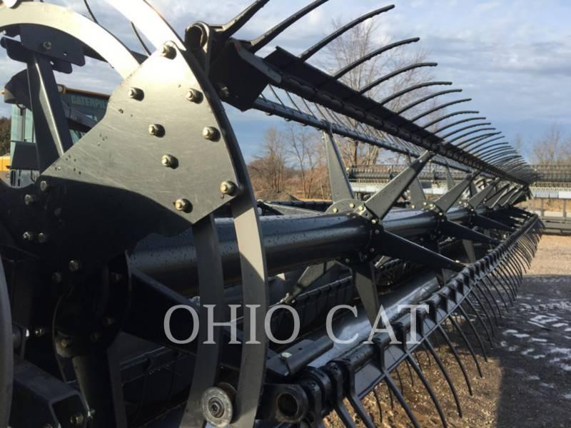 AGCO-GLEANER KOMBAJNY 8200T-30 equipment  photo 3