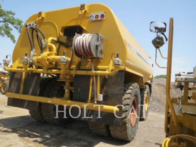 CATERPILLAR CAMIONES DE AGUA W00 773F equipment  photo 4