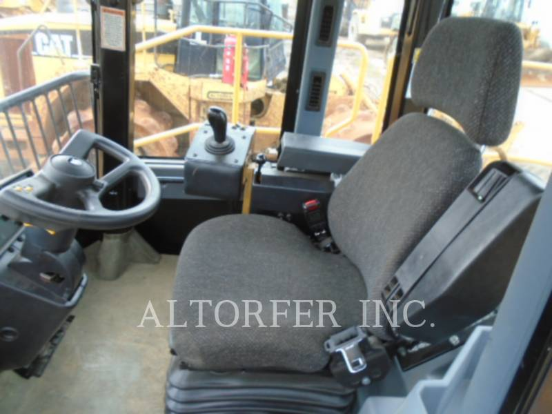 CATERPILLAR COMPACTEURS 826GII equipment  photo 7
