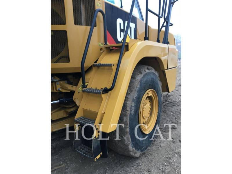 CATERPILLAR CAMINHÕES ARTICULADOS 725C equipment  photo 7