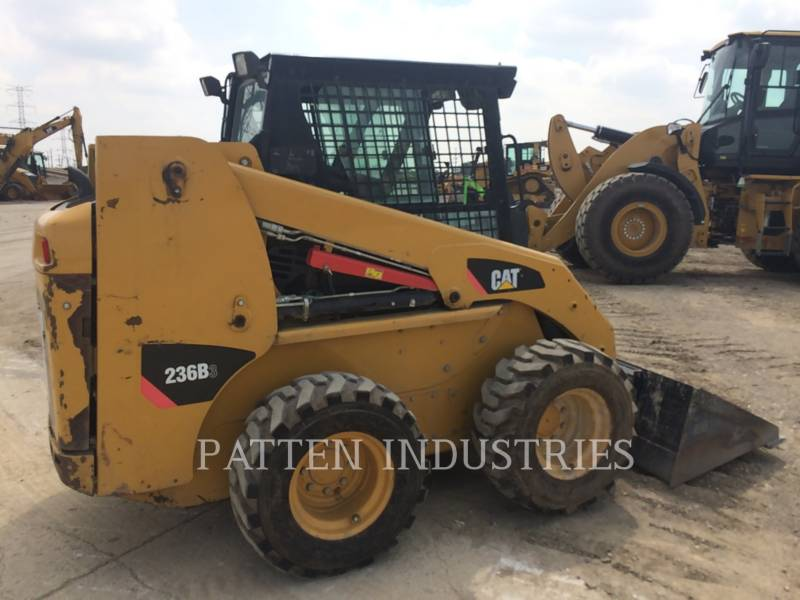 CAT TRADE-IN SKID STEER LOADERS 236B3 equipment  photo 2