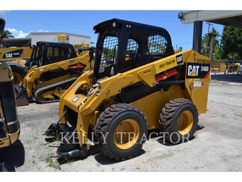 CATERPILLAR MINICARGADORAS 246 D equipment  photo 1