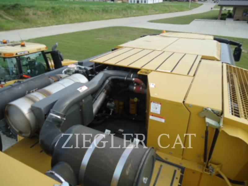 LEXION COMBINE COMBINADOS 760TT equipment  photo 17