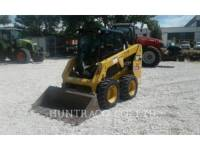 Equipment photo CATERPILLAR 226 D CHARGEURS COMPACTS RIGIDES 1