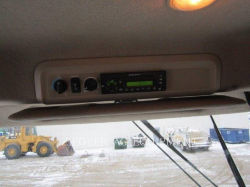 DEERE & CO. COMBINES 9870STS equipment  photo 20