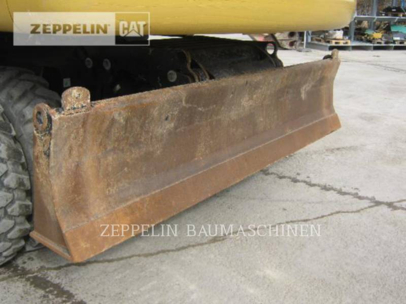 CATERPILLAR PELLES SUR PNEUS M322D equipment  photo 13
