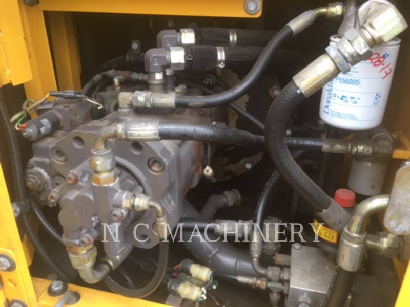 VOLVO CONSTRUCTION EQUIPMENT KETTEN-HYDRAULIKBAGGER EC140BLC equipment  photo 9