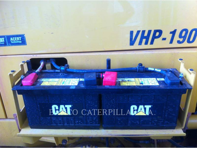 CATERPILLAR MOTONIVELADORAS 140K equipment  photo 22