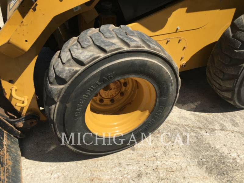 CATERPILLAR MINICARGADORAS 246D A2Q equipment  photo 9