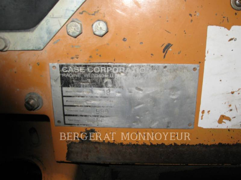 CASE SKID STEER LOADERS 1840 equipment  photo 4