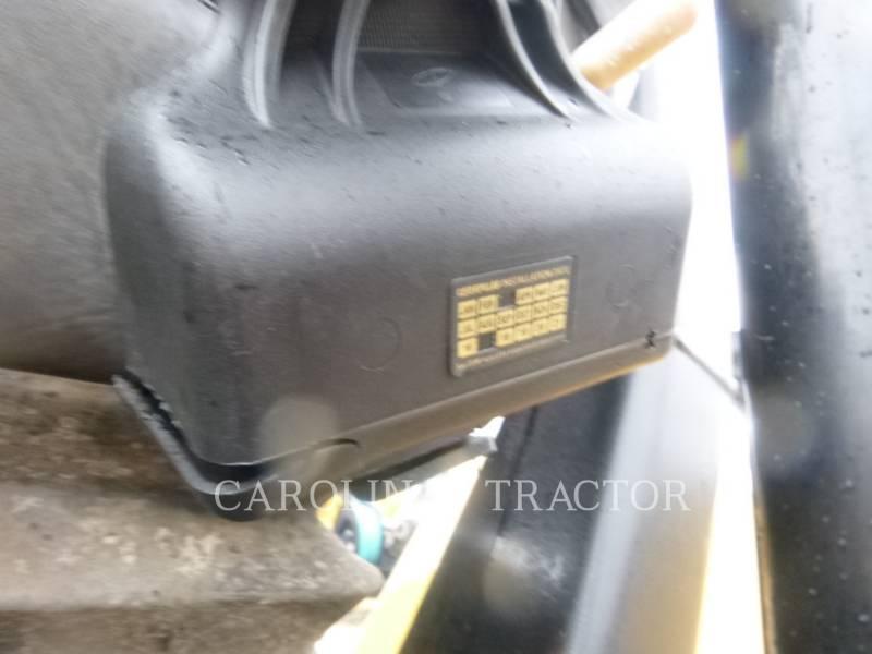 CATERPILLAR ROLO COMPACTADOR DE ASFALTO DUPLO TANDEM CB54 equipment  photo 9