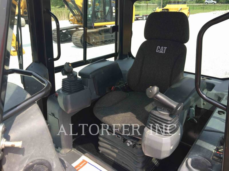 CATERPILLAR KETTENDOZER D4K2LGP equipment  photo 7