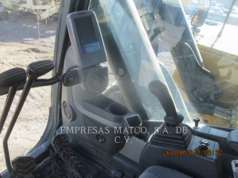 CATERPILLAR TRACK EXCAVATORS 390 D L equipment  photo 11