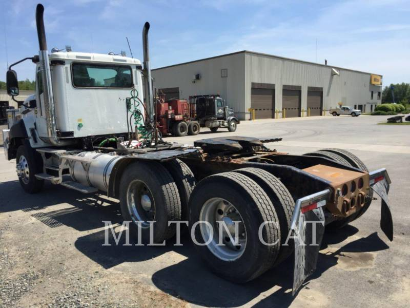 CATERPILLAR CAMIONS ROUTIERS CT660 L HT equipment  photo 4
