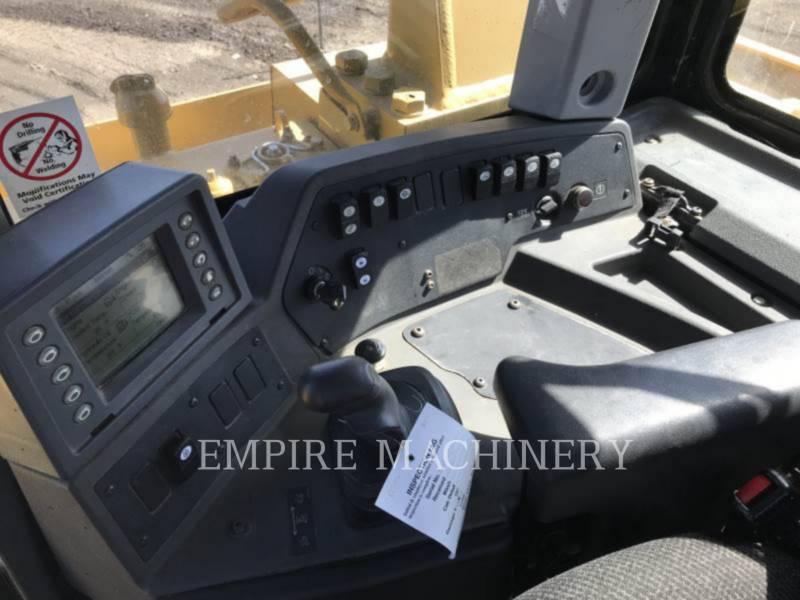 CATERPILLAR TRACK TYPE TRACTORS D9T equipment  photo 10