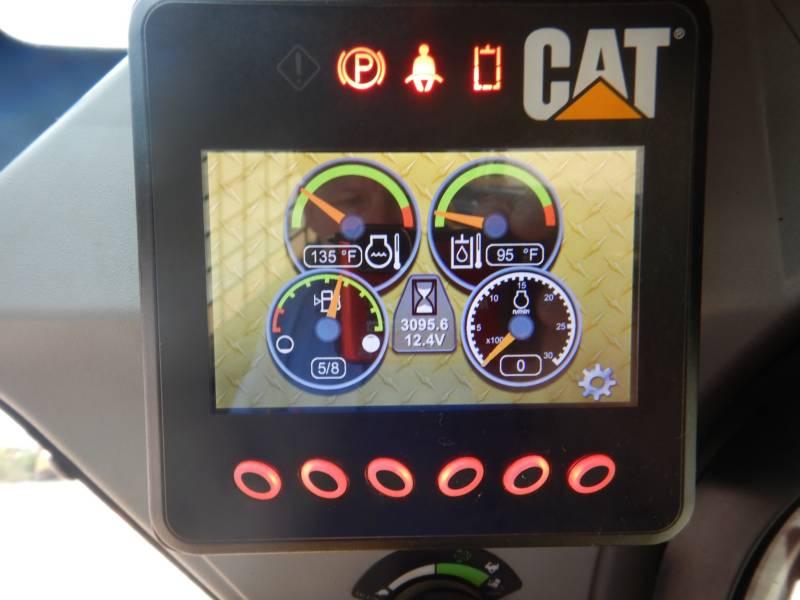 CATERPILLAR SKID STEER LOADERS 262 D equipment  photo 8