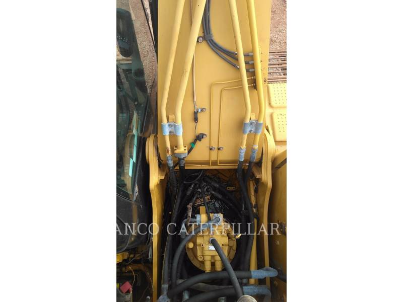 CATERPILLAR ESCAVATORI CINGOLATI 320D equipment  photo 17