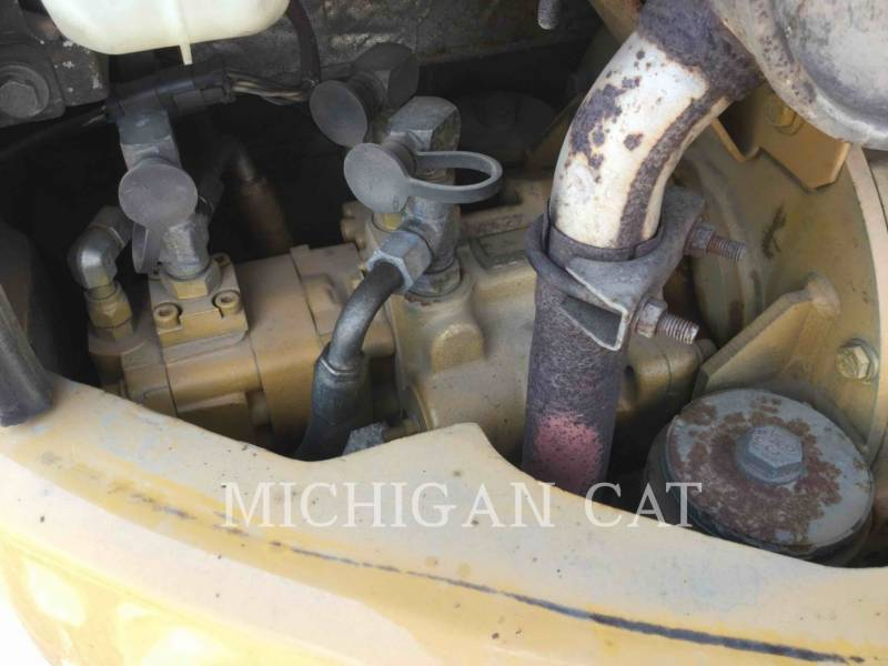 CATERPILLAR TRACK EXCAVATORS 305CR equipment  photo 17
