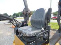 CATERPILLAR VIBRATORY DOUBLE DRUM ASPHALT CB24 equipment  photo 7
